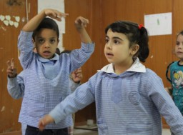 Tuki Syyriasta Libanoniin paenneille lapsille